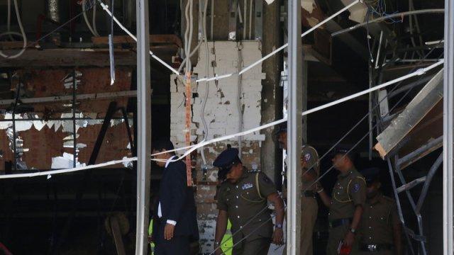 Suman 185 muertos en explosiones simultáneas en Sri Lanka