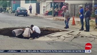 Se abre socavón en calles de Mérida, Yucatán