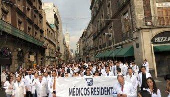 Foto Secretaría de Salud regulariza pagos de médicos residentes de México 16 abril 2019