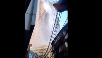 FOTO Sismo en Filipinas vacía alberca de rascacielos (YouTube)
