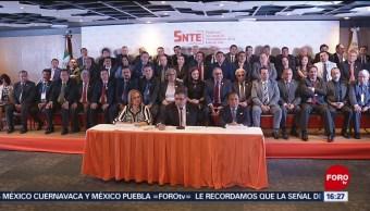 Foto: SNTE apoya la Reforma Educativa de AMLO