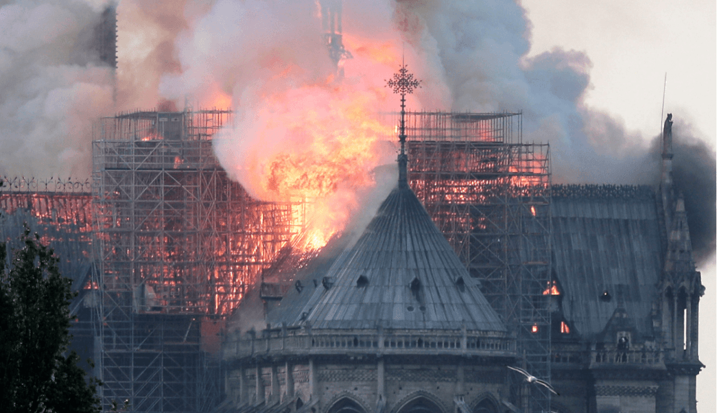 Foto: Lamenta México incendio en catedral de Notre Dame 15 de abril de 2019, París, Francia