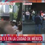 Foto: Trabajadores vuelven a sus oficinas tras desalojo por sismo