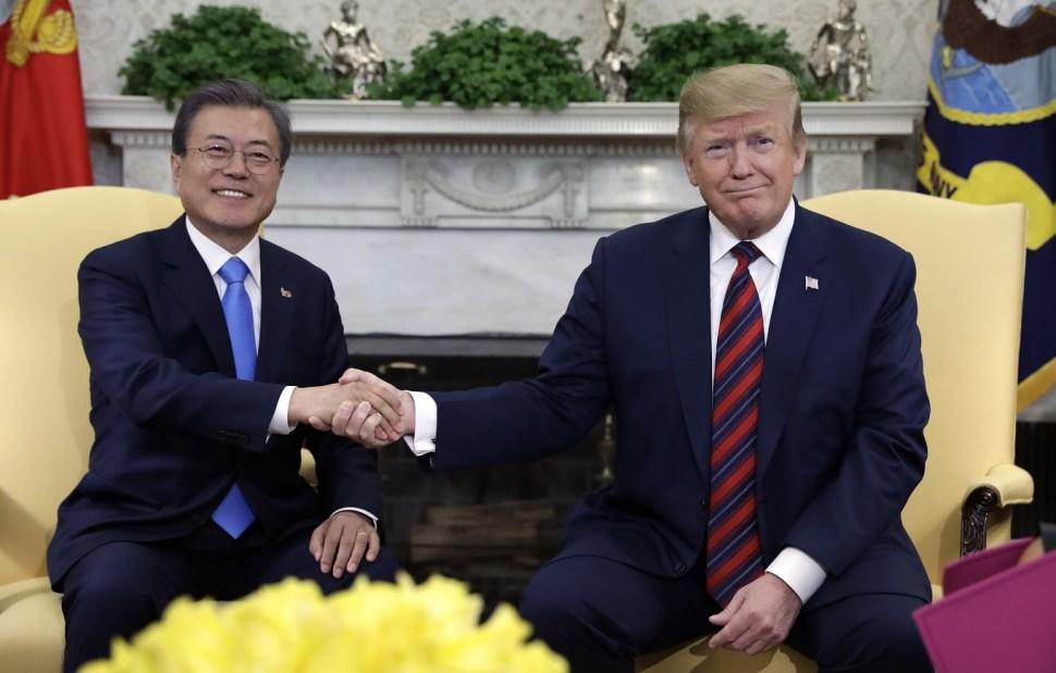 Foto: El presidente Donald Trump se reúne con el presidente de Corea del Sur, Moon Jae-in, en la Oficina Oval de la Casa Blanca, 11 abril 2019