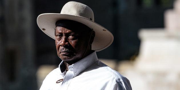 Yoweri Museveni, presidente de Uganda desde 1986, después de haber derrocado al presidente independentista Milton Obote y a su gobierno militar (GettyImages/Archivo)