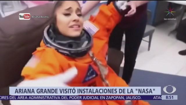 Ariana Grande visita las instalaciones de la NASA