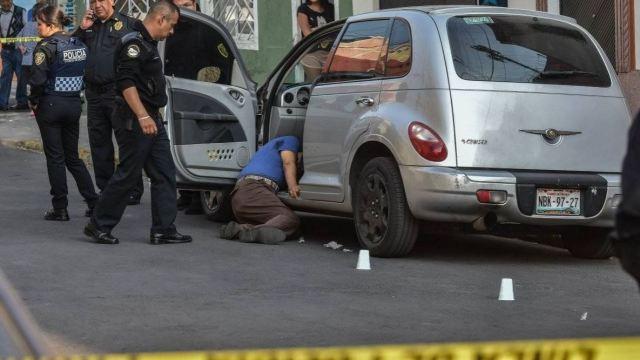 Detienen a 'doña Lupita', líder de ambulantes, por asesinato de comerciante del Centro Histórico