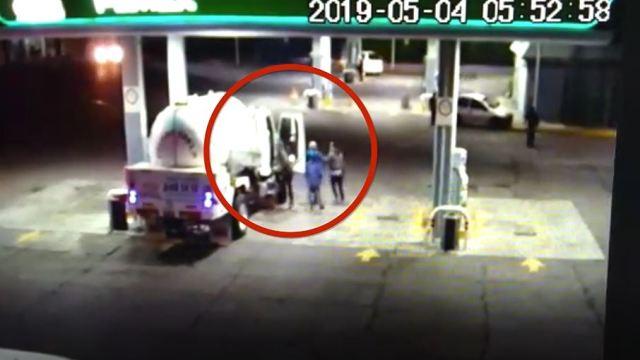 Foto Así roban pipas de gas LP en gasolineras de Puebla 7 mayo 2019