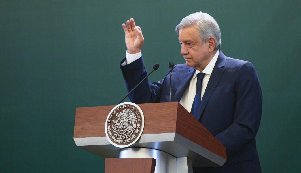FOTO Cachetadita fue para corruptos, no economía, dice AMLO (EFE 8 mayo 2019)