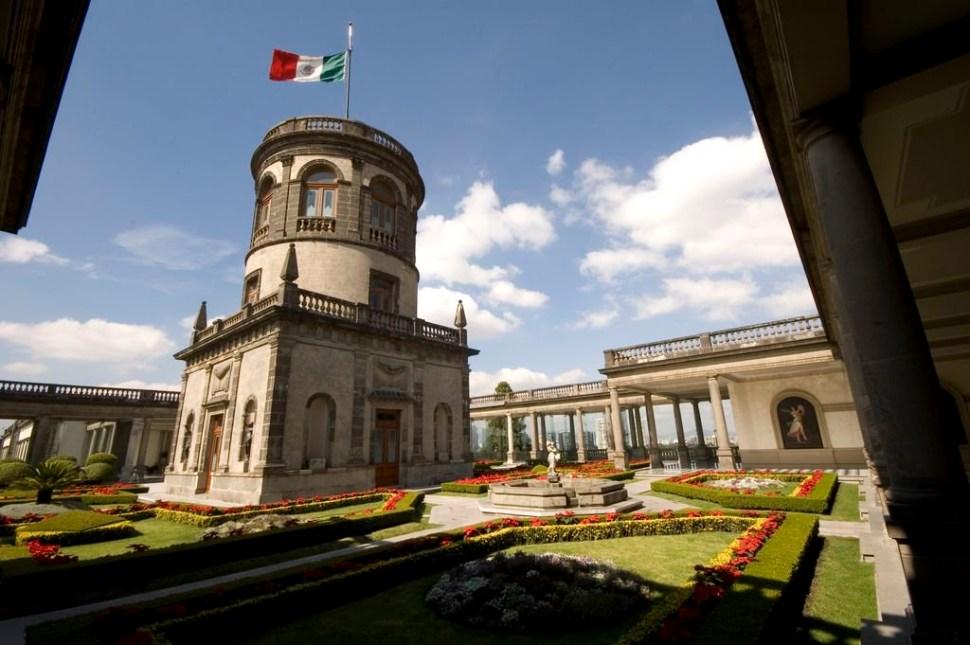 foto castillo de chapultepec twitter Museodehistoria 3 mayo 2019