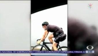 FOTO: Ciclista circula sobre carriles principales de calzada de Tlalpan, 1 MAYO 2019