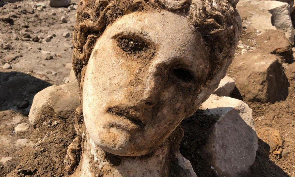 Cabeza-dios-Roma-Dioniso-Baco
