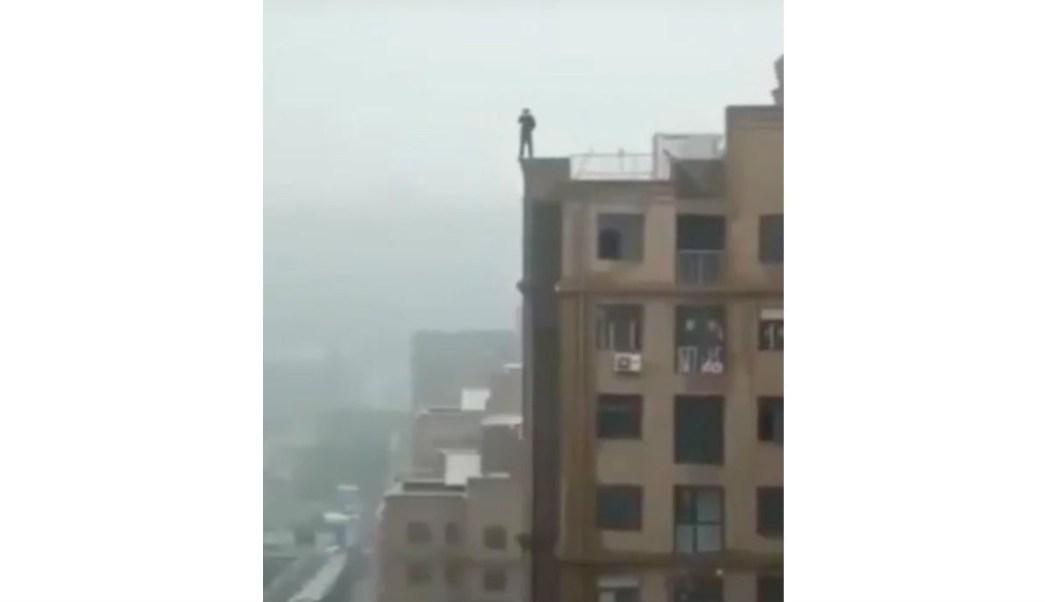 Muerte-accidental-Cae-edificio-Selfie-India