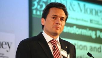 Emilio Lozoya, exdirector de Pemex, se ampara ante orden de aprehensión