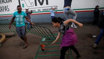 Segob analiza convertir estaciones migratorias en albergues