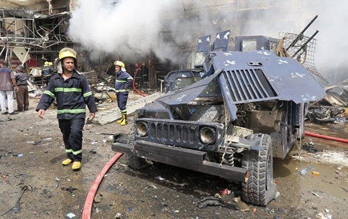 Foto: La explosión de un atacante suicida destruyó varios locales y automóviles en la ciudad iraquí de Sadr. El 9 de mayo de 2019