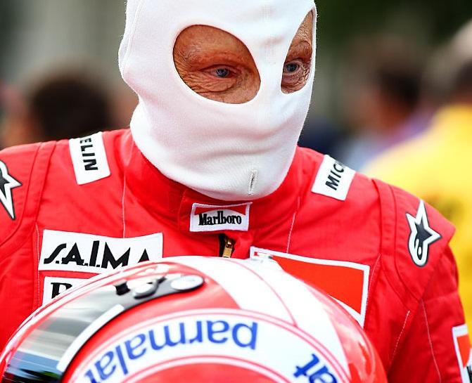 Foto: Niki Lauda se prepara en pista después de calificar para el Fórmula 1 Grand Prix de Austria. El 20 de junio de 2015