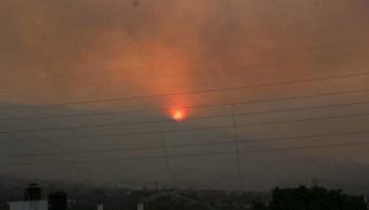 Fuertes vientos dificultan combate de incendio forestal en Chilpancingo, Guerrero