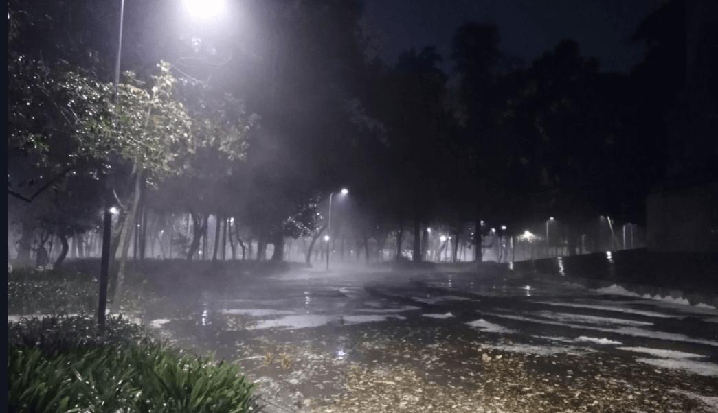 Aeropuerto de CDMX suspende operaciones por lluvia hoy