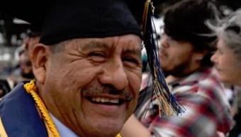 Foto Migrante Oaxaqueño Graduado 30 Mayo 2019