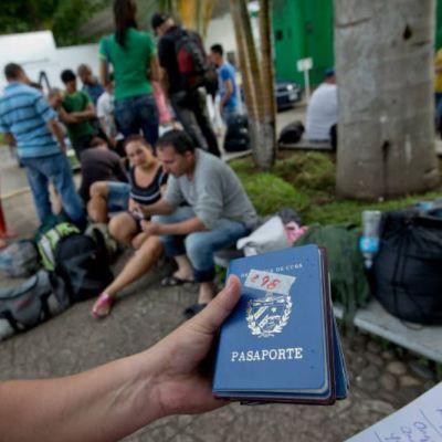 Migrantes cubanos buscan empleo en Chiapas para solventar gastos