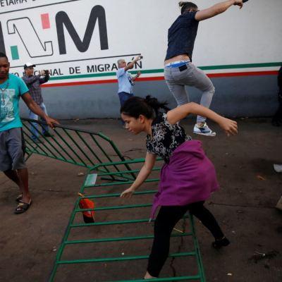 Se fugan alrededor de 70 cubanos migrantes en Chiapas