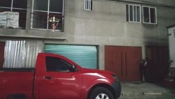 Foto: Festejos del Día de la Santa Cruz dejan un muerto en Iztacalco, Ciudad de México, mayo 4 de abril de 2016 (Twitter: @jlleralaprensa)