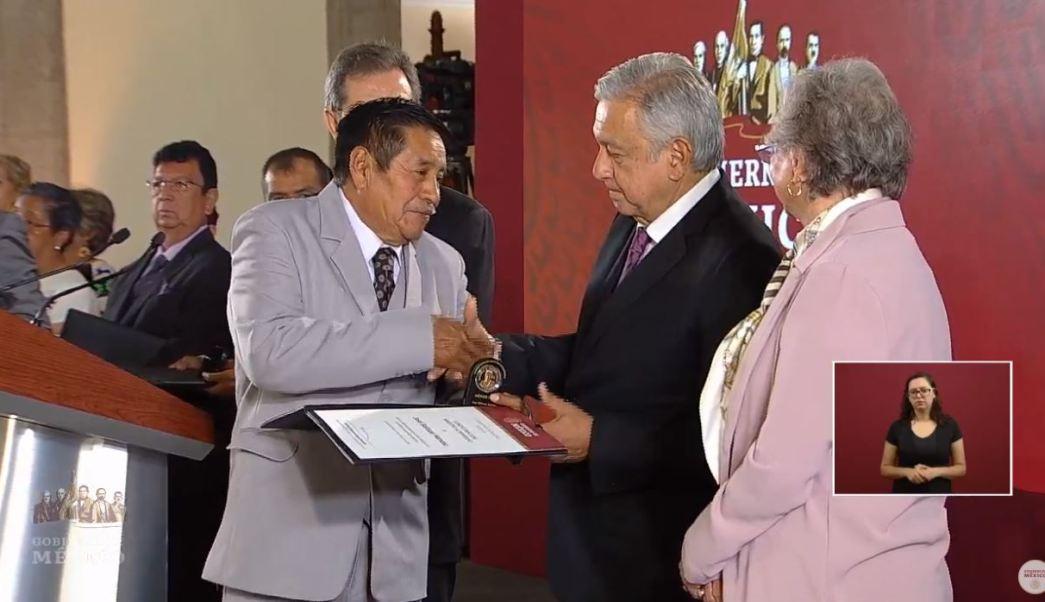 Foto:El presidente de México, Andrés Manuel López Obrador, conmemoró el Día del Maestro, 15 mayo 2019