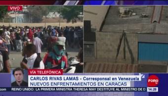 FOTO: Opositores se enfrentan con seguidores de Maduro, en Caracas, 1 MAYO 2019