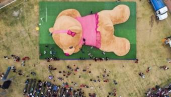 Foto: México logra elaborar el oso de peluche más grande del mundo, mayo 4 de 2019 (Twitter: @PhilippineStar)