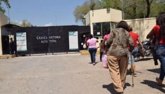 Imagen: Las familias de los internos tuvieron acceso al CEDES donde ya se lleva a cabo con normalidad el día de visita, el 4 de mayo de 2019 (Twitter @VoceriaSegTAM, archivo)