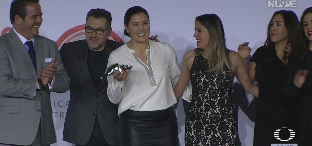 Foto: Reconocen labor de Fundación Televisa con premio 'Caracol de Plata'