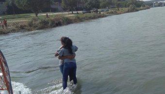 Foto Rescatan a madre e hija en río Bravo de Piedras Negras