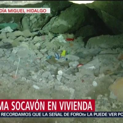 Se forma socavón en vivienda en Miguel Hidalgo
