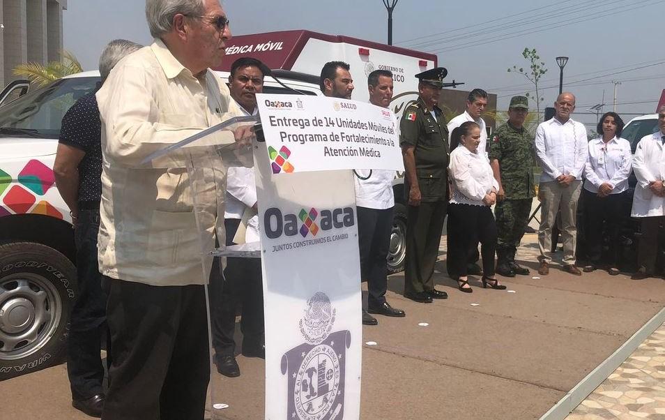 Foto: Durante una gira de trabajo por el estado de Oaxaca, el secretario de Salud, Jorge Alcocer Varela, señaló que el resto de la compra se dará de forma continua, el 9 de mayo de 2019. (Twitter @SSalud_mx)