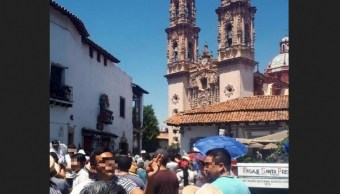 Foto: turistas en Taxco, Guerrero, 1 de abril 2019. Twitter @TorrucoTurismo