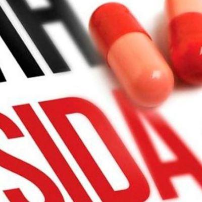 Se han ahorrado mil 700 mdp en tratamientos para personas con VIH, dice Hugo López-Gatell