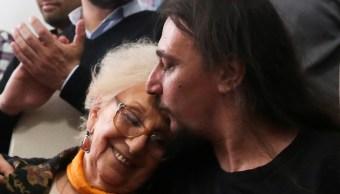 Nieto 130 de Abuelas de Plaza de Mayo pugna por conocer sus orígenes