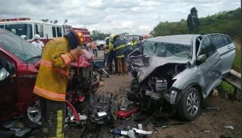 Foto: Choque en Oaxaca deja dos muertos, 11 de junio 2019. Twitter @RIDNoticias