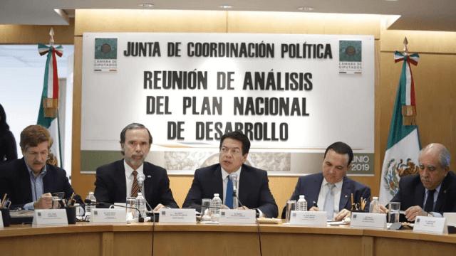 Sector empresarial critica Plan Nacional de Desarrollo de AMLO