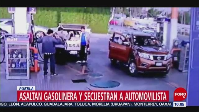 FOTO: Asaltan gasolinera y secuestran a automovilista en Puebla, 29 Junio 2019