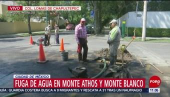 FOTO: Atienden fuga de agua en colonia Lomas de Chapultepec, CDMX