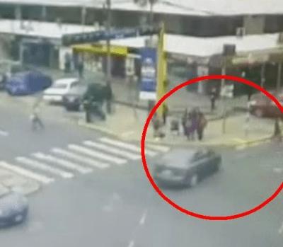 Maestra arrolla con su auto a cinco menores en Lima, Perú