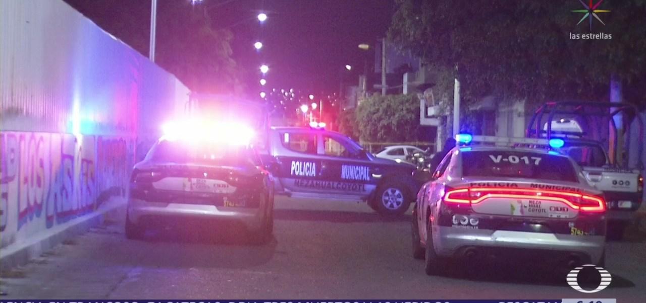 Ladrones abren camioneta y roban objetos en Zapopan, Jalisco