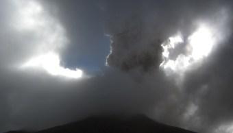 Popocatépetl registra dos explosiones, tremor y 37 exhalaciones; alertan por caída de ceniza