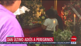 FOTO: Dan último adiós a peregrinos muertos en accidente carretero en Veracruz, 1 Junio 2019