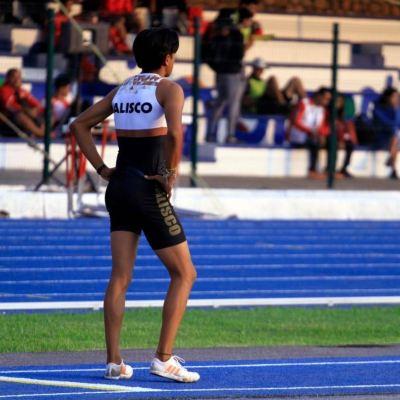 Hay deportistas que hacen 'berrinche' por reducción de becas, dice Ana Gabriela Guevara