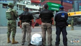 Foto: Droga asegurada en un buque en Manzanillo, 7 de junio 2019. Twitter @SEMAR_mx