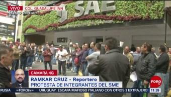 Elementos del SME protestan en la colonia Guadalupe Inn, CDMX