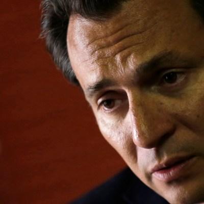 Emilio Lozoya deberá presentarse ante el juez en tres días: FGR